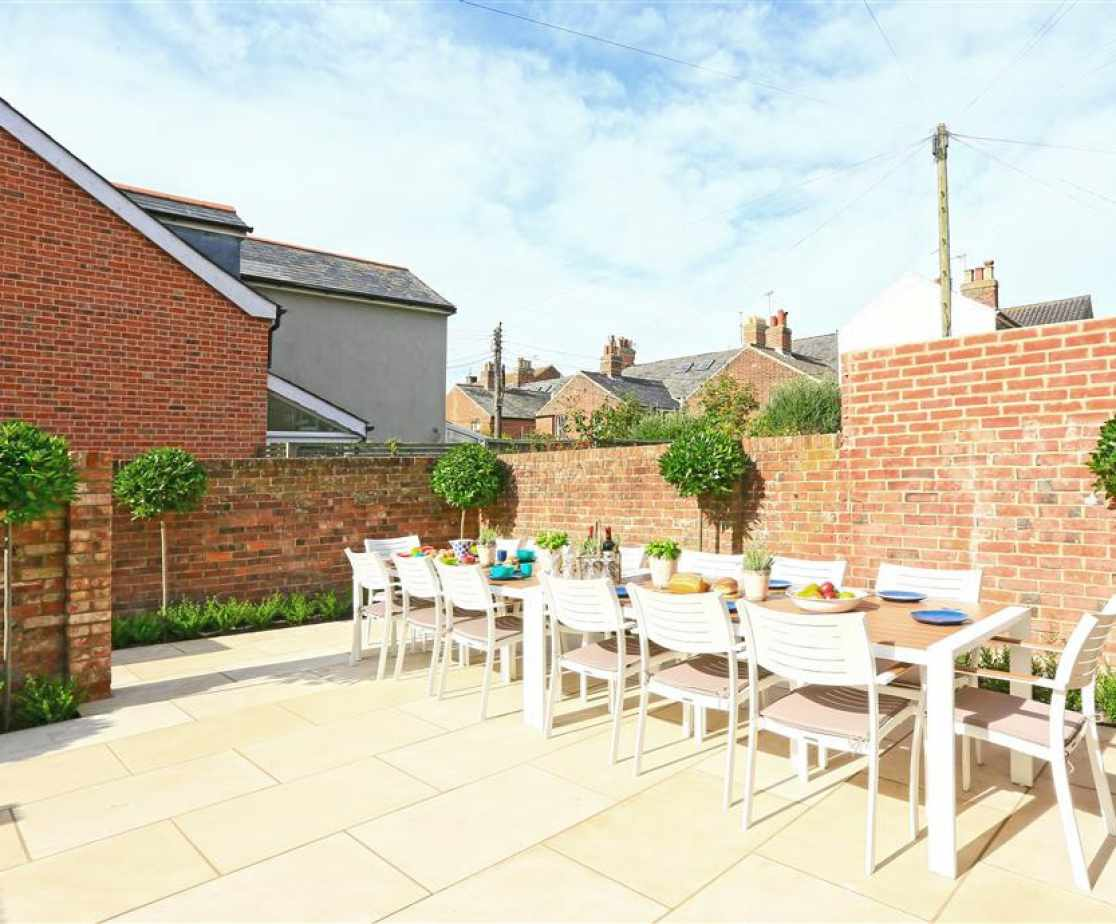 Rear Courtyard with Garden Furniture - View 1